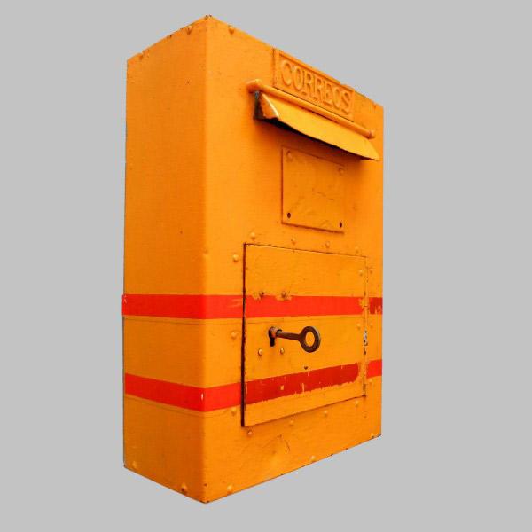 La primera caja buz n de correos cooperativa macotera - Buzon de correos ...